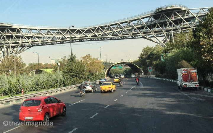Tehran_HighwayPedestrianBridge
