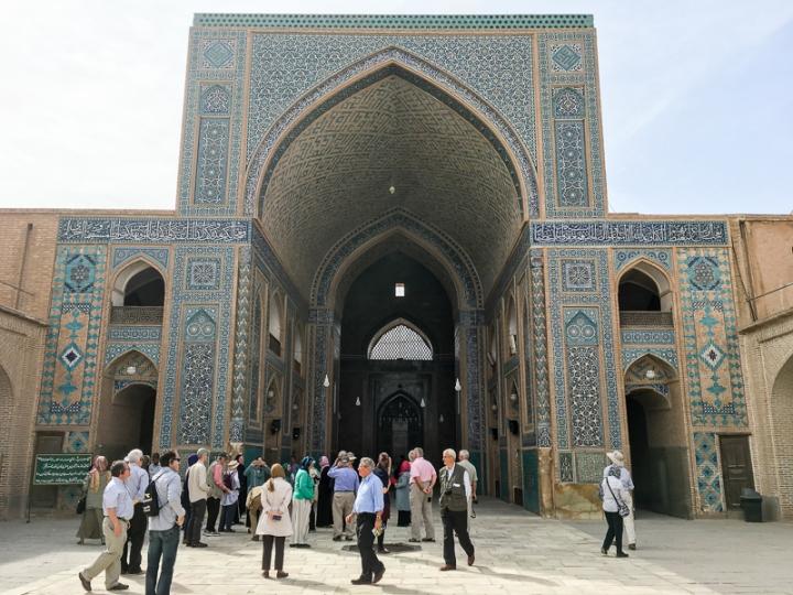 MosqueCourtyard_Yazd