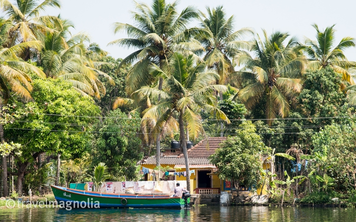 Alleppey_YellowHouse