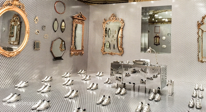 ThomBrowne_Reflections_CooperHewitt