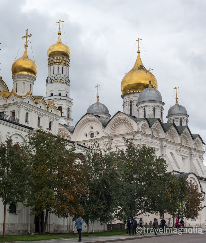 kremlin-churches-from-street