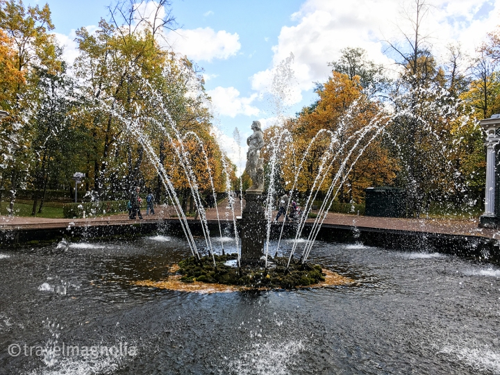 fountain-at-peterhof