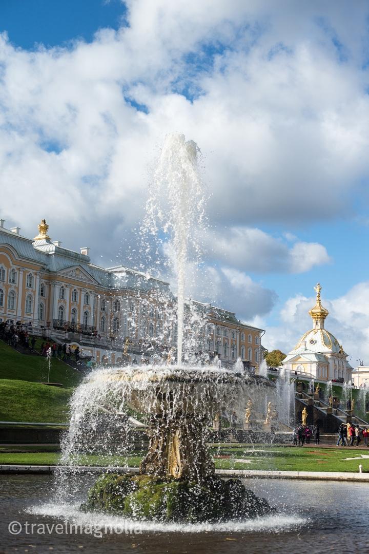 peterhof-palace-fountain-close-up