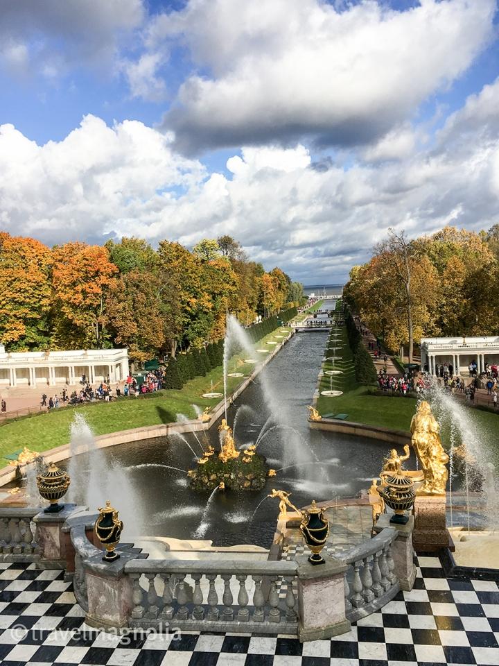 peterhof-palace-view-to-the-sea