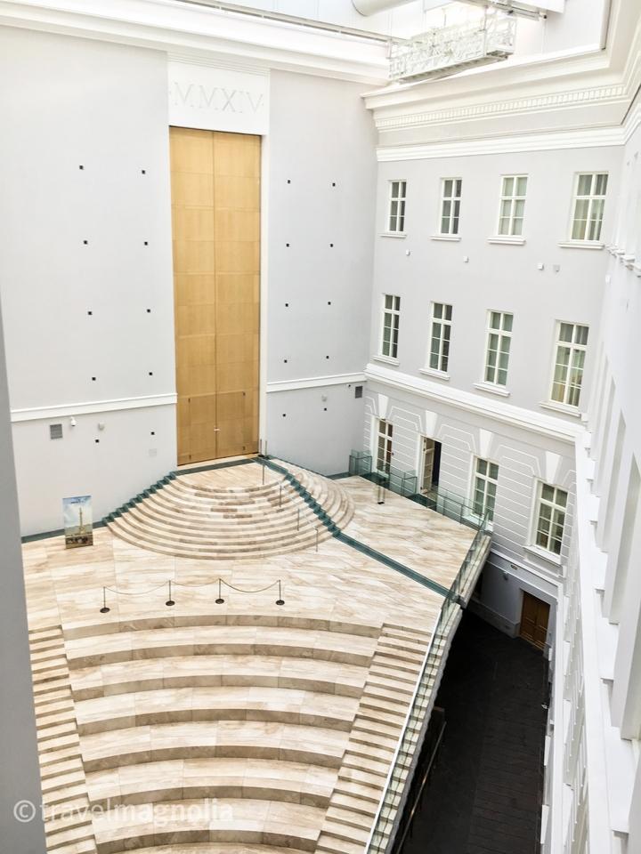 the-general-staff-building-atrium