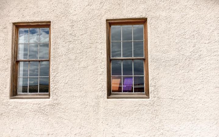Flavin through a window_Chinati